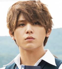 最近の、山田涼介さんの髪型です。