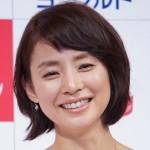 石田ゆり子の髪型、40代が手本にしたいショートボブの髪型