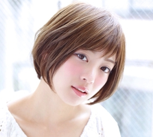 このヘアカタログの名前は「ナチュラルかわいい☆丸みのあるショートボブ」です。