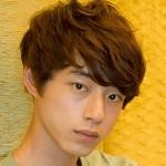坂口健太郎の髪型とオススメの美容院