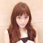 川口春奈の髪型、前髪ありのロングヘアーで髪色が可愛い!